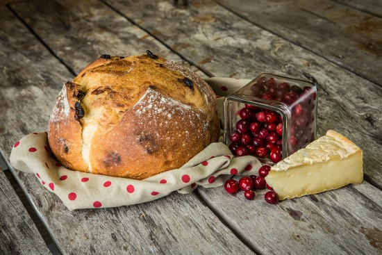 Pied-De-Vent and cranberries bread