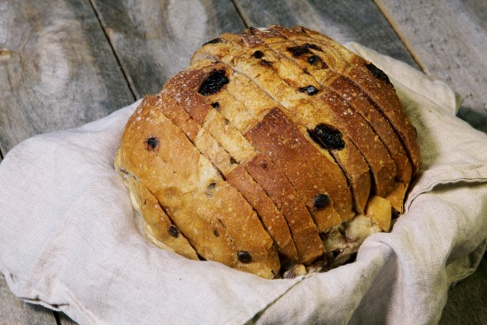 Chocolat and cranberries bread